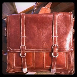 If you like classic male messenger bags